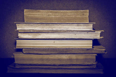 stack of old books 写真素材 - 128618116