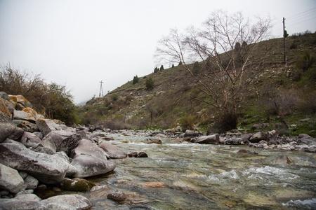 Tian Shan rivi�re de montagne au Kirghizistan