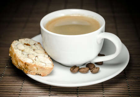 Biscotti and coffee Stock Photo - 19758929