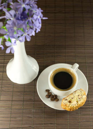 Biscotti and coffee Stock Photo - 19759150