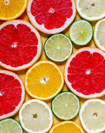 mandarin orange: citrus slices