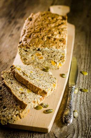 Irish wholewheat bread photo