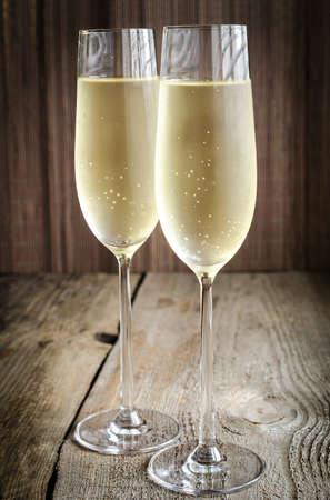 flauta: Dos copas de champán