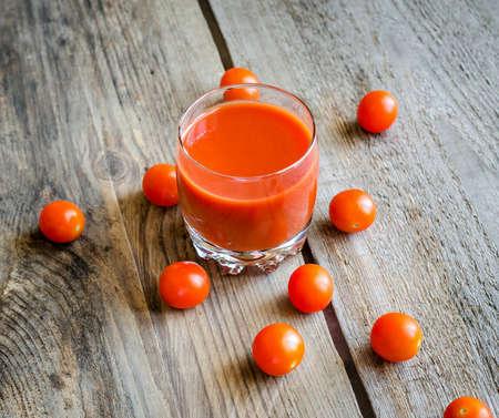 non alcoholic beverage: Tomato juice