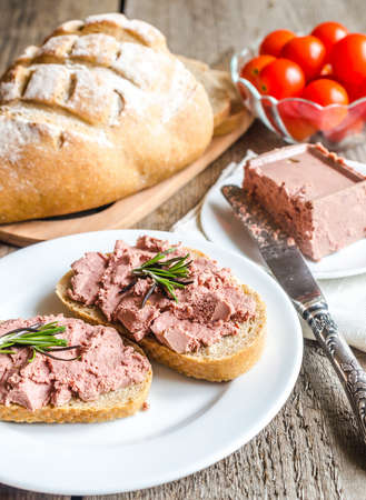 pate with bread photo