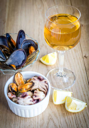 white wine glass: mussels Stock Photo
