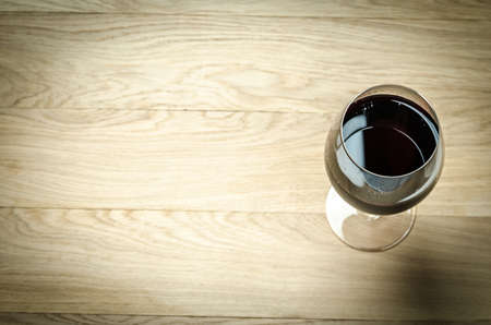 glass table: Red wine