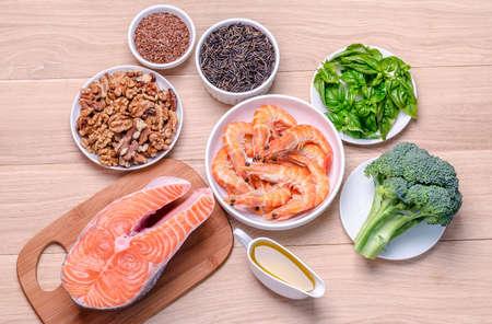 salmon fish: Omega-3 sources