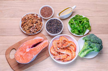 unsaturated fat: Plant-based and animal sources of Omega-3 acids