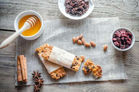 barra de cereal: Barras de granola