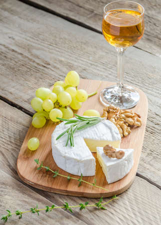 camembert: Camembert cheese