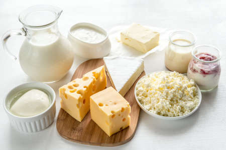 latte fresco: prodotti lattiero-caseari Archivio Fotografico