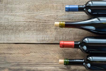 bouteille de vin: vin rouge