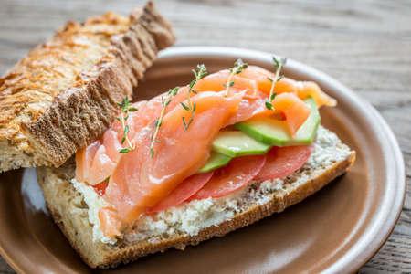 wholegrain mustard: Sandwich with samon