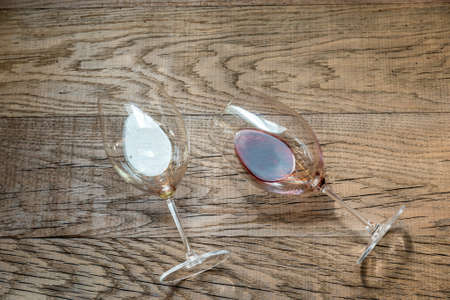 pinot noir: red and white wine