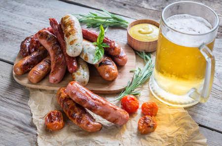 saucisse: Saucisses grillées Banque d'images