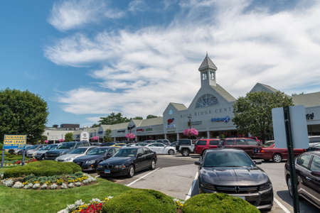 ridge of wave: STAMFORD, USA - JULY 16: View of High Ridge Road on July 16, 2015 in Stamford, CT. Stamford is a city in Fairfield County, Connecticut, the population of the city is 122,643.