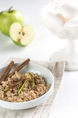green apples: Oatmeal with apple and cinnamon