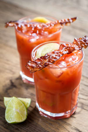 pancetta cubetti: cocktail Bloody Mary