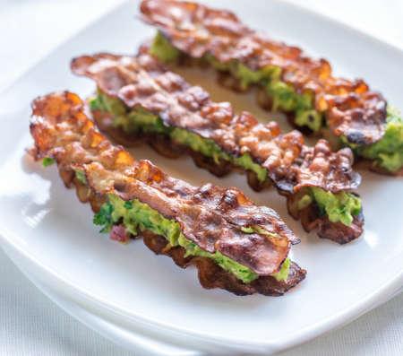 guacamole: Bacon and guacamole sammies