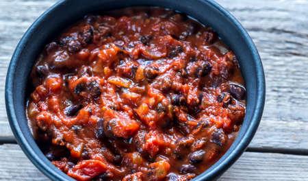 con: Chili con carne