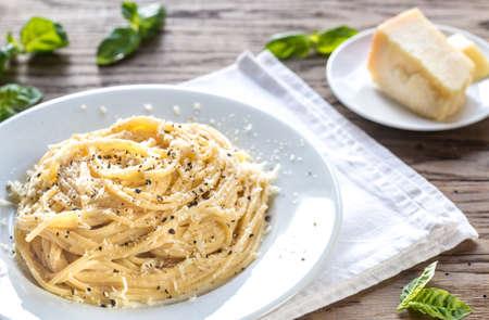 Cacio e Pepe - spaghetti with cheese and pepper