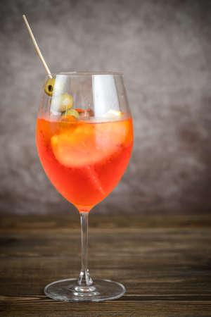 spritz: Glass of Aperol Spritz cocktail