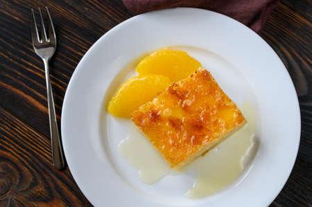 Portokalopita - Greek phyllo orange cake Banco de Imagens