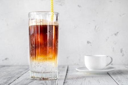 Espresso Tonic - mixed espresso coffee with tonic water Archivio Fotografico