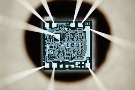 transistor: Extrema de cerca de micro chip de silicio.