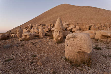 Toppled heads of the gods at the top of Nemrut dagi in Turkey  Stock Photo - 13283123