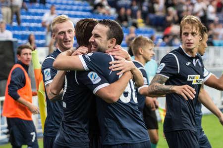 Kyjev, Ukrajina - 27. července 2017: Hráči Olimpiku oslavují gól během zápasu UEFA Europa League mezi FC Olimpik Doneck a FC PAOK na stadionu Dynamo v Kyjevě na Ukrajině.