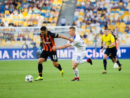 Kyiv, Ukraine - August 03, 2018: Moraes and Byrda fighting for the ball. Ukrainian Premier League match Dynamo Kyiv – Shakhtar Donetsk at Dynamo Kyiv stadium. Redactioneel