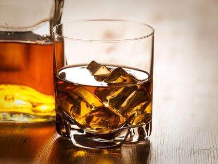 vaso de precipitado: Whisky en las rocas