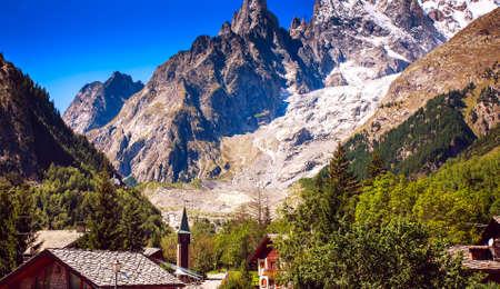 blanc: Mont Blanc, Courmayeur, Italy