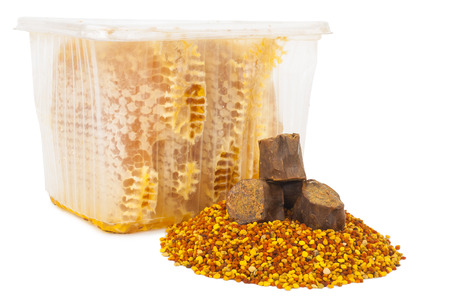 honey comb: Honey comb and pollen with propolis