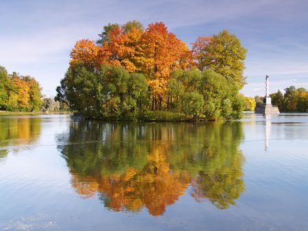 Autumn island Stock Photo - 4911016
