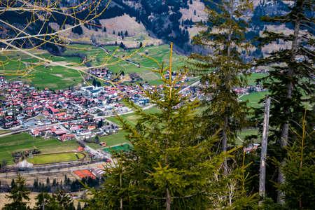 ski lodge: Beautiful mountain landscape with a village in Bavaria
