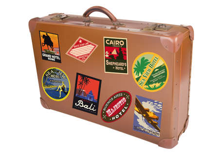 maletas de viaje: Una maleta viajera del mundo aislado sobre un fondo blanco