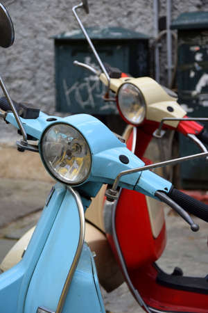 style: old style motorbike