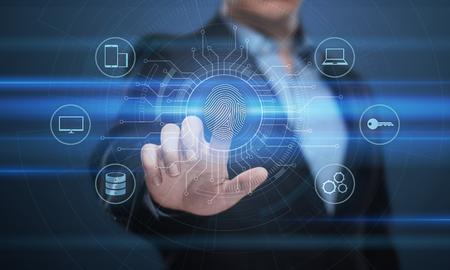 A verificação de impressão digital oferece acesso de segurança com identificação biométrica. Conceito de Internet de Tecnologia de Segurança de Negócios. Foto de archivo
