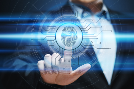 El escaneo de huellas dactilares proporciona acceso de seguridad con identificación biométrica. Concepto de Internet de seguridad de la tecnología empresarial. Foto de archivo