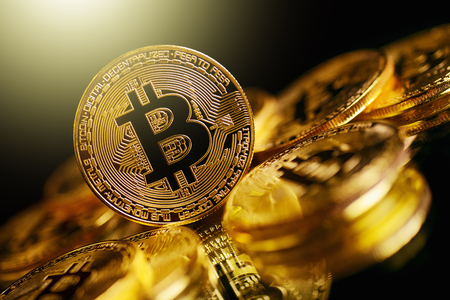 Bitcoin Cryptocurrency 디지털 비트 코인 BTC 통화 기술 비즈니스 인터넷 개념입니다.
