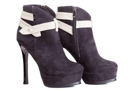Hermosa tacones de plataforma alta de la bomba de zapatos de cuero negro de lujo italiano. Foto de archivo - 13378639