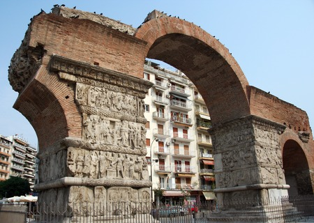 thessaloniki: An old arch in the Northern Greek city of Thessaloniki