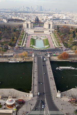 trocadero: The Pont dIena, the Trocadero Gardens, and the La Defense area at the far, as viewed from Eiffel Tower, Paris