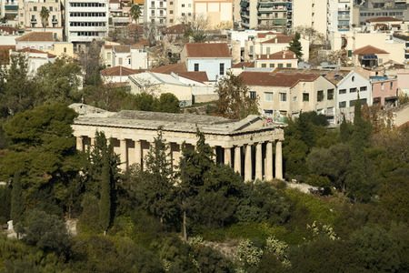 history building: The ancient temple of Ifestos, in Thissio area of Athens, Greece