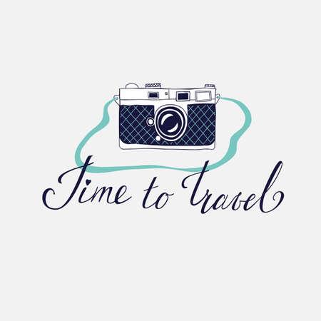 旅行、休暇、冒険をテーマとしたカードのベクトル テンプレートです。レトロな 50 年代スタイル。旅行する時間をレタリングと手描きビンテージ