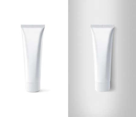 空白の白い歯磨き粉チューブ デザインのモックアップ セット、分離、クリッピング パス。パッケージ スタンドと嘘に貼り付け明確くださいモック 写真素材
