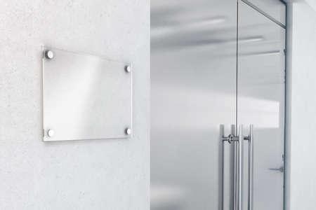 빈 유리 문패 디자인 모형, 3D 렌더링합니다. Signplate 사무실 입구 내부 근처 벽에 최대 조롱. 간판 패널 도어 번호 템플릿입니다. 가게 근처에 브랜드에  스톡 콘텐츠
